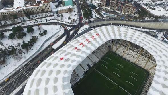 Vodafone Arena'nın çatısını görenler şaştı kaldı