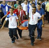 Alanyaspor-Antalyaspor maçı tribünlerinde olay çıktı
