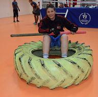 Kamyon lastikleriyle şampiyonaya hazırlanıyor
