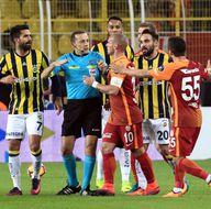 Galatasaray, Wesley Sneijder'i satıyor