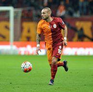 Sneijder'den flaş teklif!