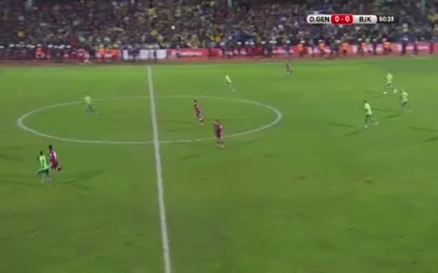 Kerim Frei'dan Messi golü