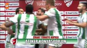 Atiker Konyasporlu futbolcuların sevinç gösteri